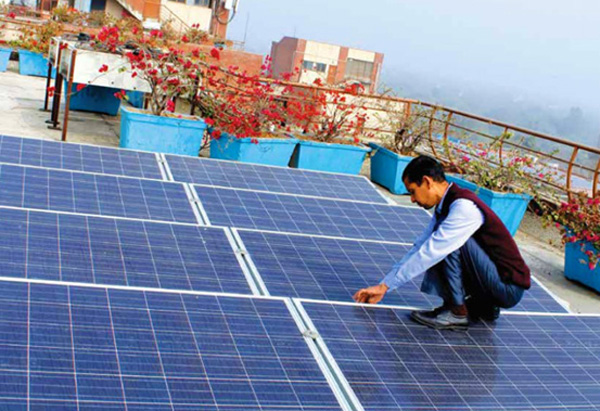 RENEWABLES: 'Striking rise' in solar tariff, 5% solar glass tariff dropped, Minister expects 50% renewable energy by 2030