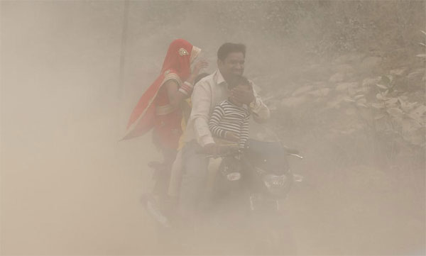 Killer Air: Court comes to Delhi's rescue, rest 'left to choke', India 'tops' pollution deaths