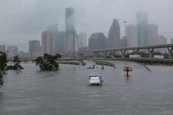 #ClimateChange: 'Unprecedented' Harvey kills at least 60, Floods in India, Nepal, B'desh leave 1400 dead