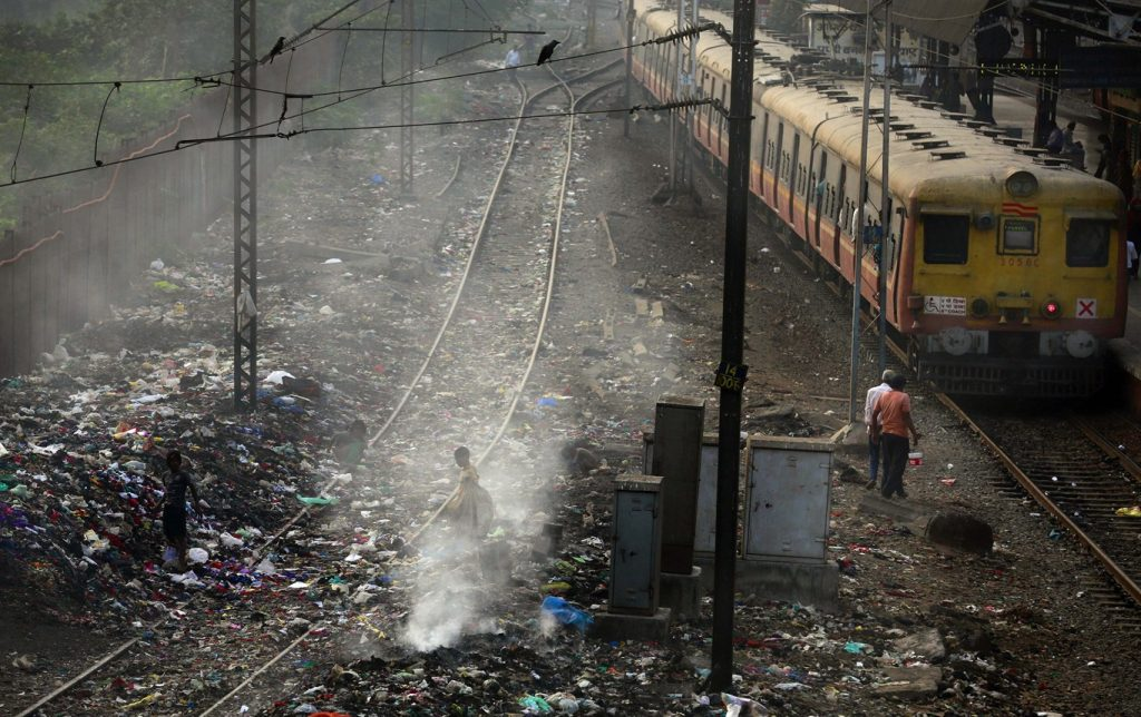 India sets target of 30% drop in air pollution by 2024, but target not legally binding