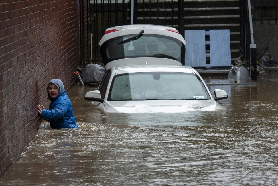 Prepare for more intense storms, climate scientists warn UK