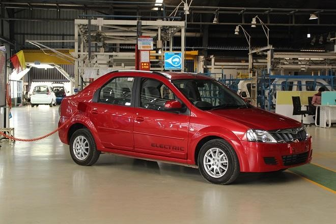 """India: Govt says """"no target"""" for e-mobility, discusses funding with ADB"""