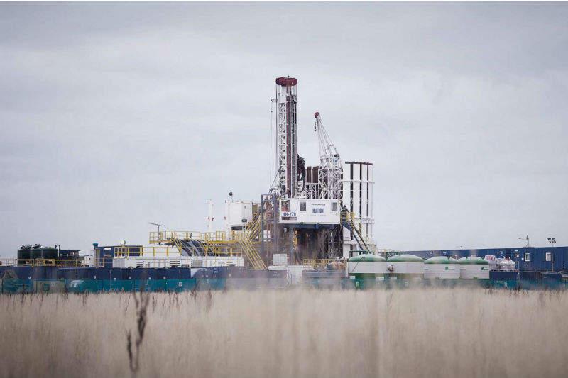 UK outlaws fracking