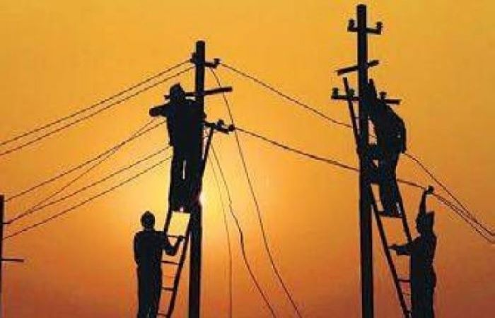 India announces plan to privatise power distribution in UTs; experts express doubts