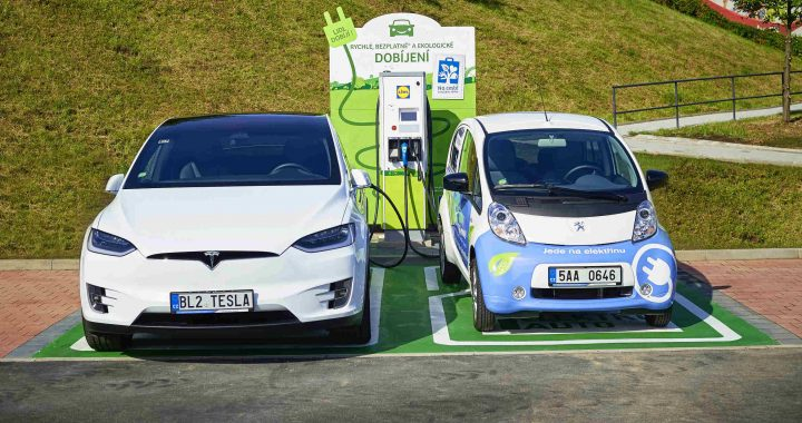 Govt. makes public transport permit mandatory for EVs to benefit from FAME-II sops