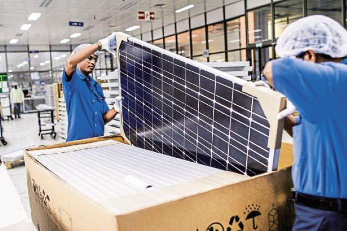 Solar target 280 GW by 2030: India to levy 40% Customs duty on solar modules by next year