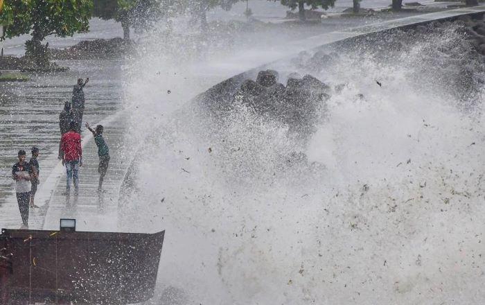 Monsoon arrives in India; Mumbai, Goa report heavy rain