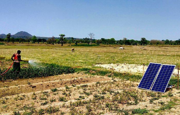 India's renewable energy capacity passes 100 GW milestone, excluding large hydro