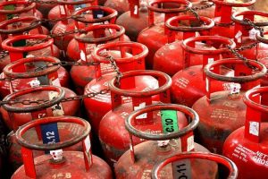 Indoor air pollution: 'Only 50% urban slum households use LPG', refill cost jumped ₹ 125 in a month