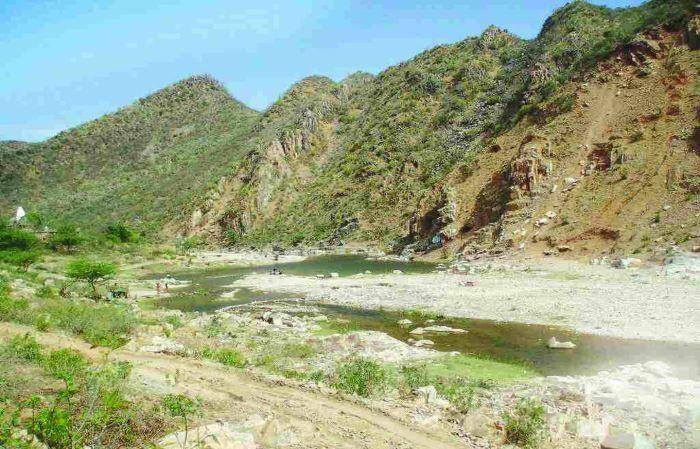 Haryana govt seeks SC nod to start mining in Aravallis