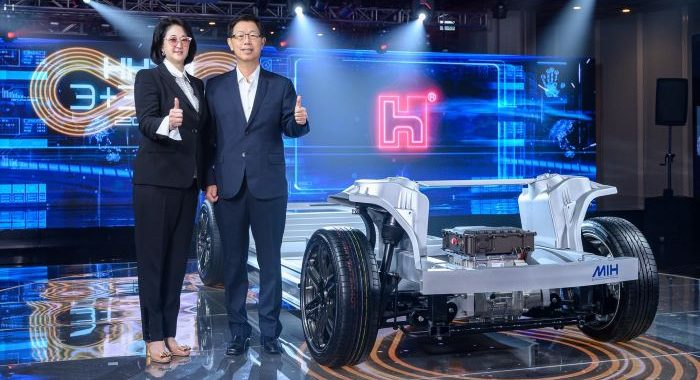 """Foxconn developing """"the Android of electric vehicles"""""""